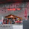 Das Herz von St. Pauli heute: Auf der Ostbühne des Spielbudenplatzes